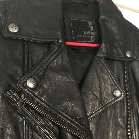 f3b7b8432 Buffalo brand genuine leather jacket